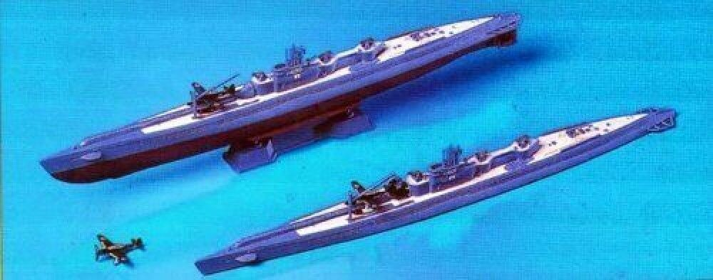 IJN Submarine I-400 & I-401 Full hull - PIT-ROAD 1 700  W48 JAPAN F S J9280