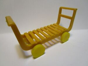 VINTAGE-MARX-FREIGHT-TRUCKING-TERMINAL-PLAY-SET-LUGGAGE-CART-EXCELLENT