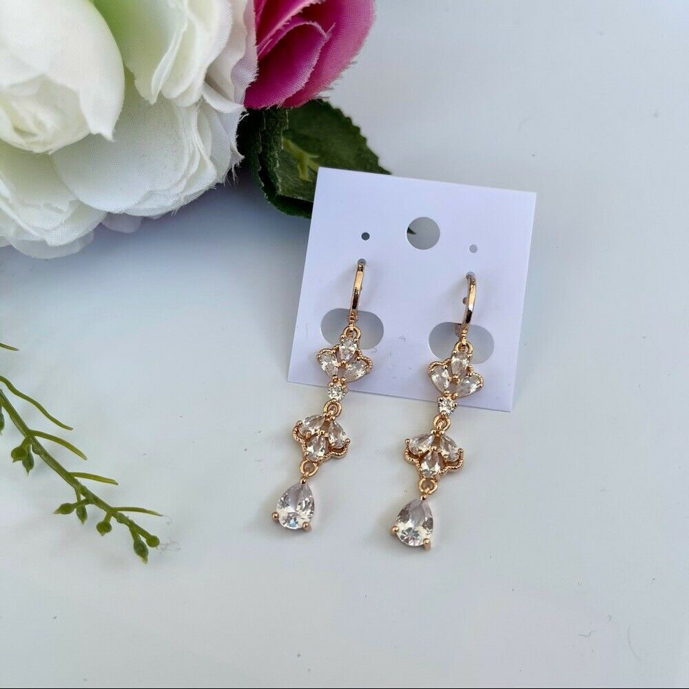 Gold Filled Clear Crystals Earrings. Oro Laminado