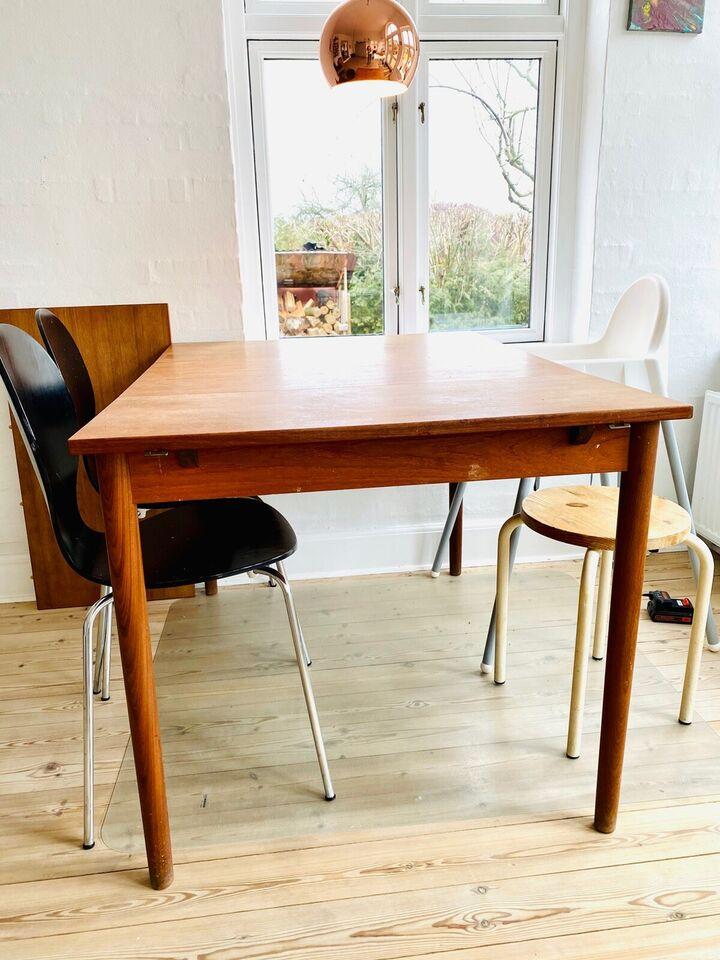 Spisebord, Teaktræ, Ukendt