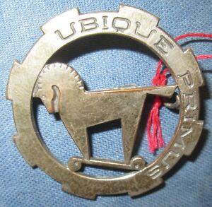 1-Regiment-de-Chasseurs-d-Afrique-Ubique-Primus-cou-non-evide