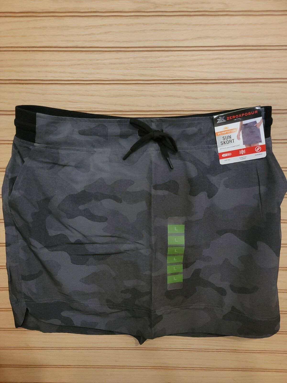 Zeroxposur Athletic Skort Gray/Black Camo SZ L NWT