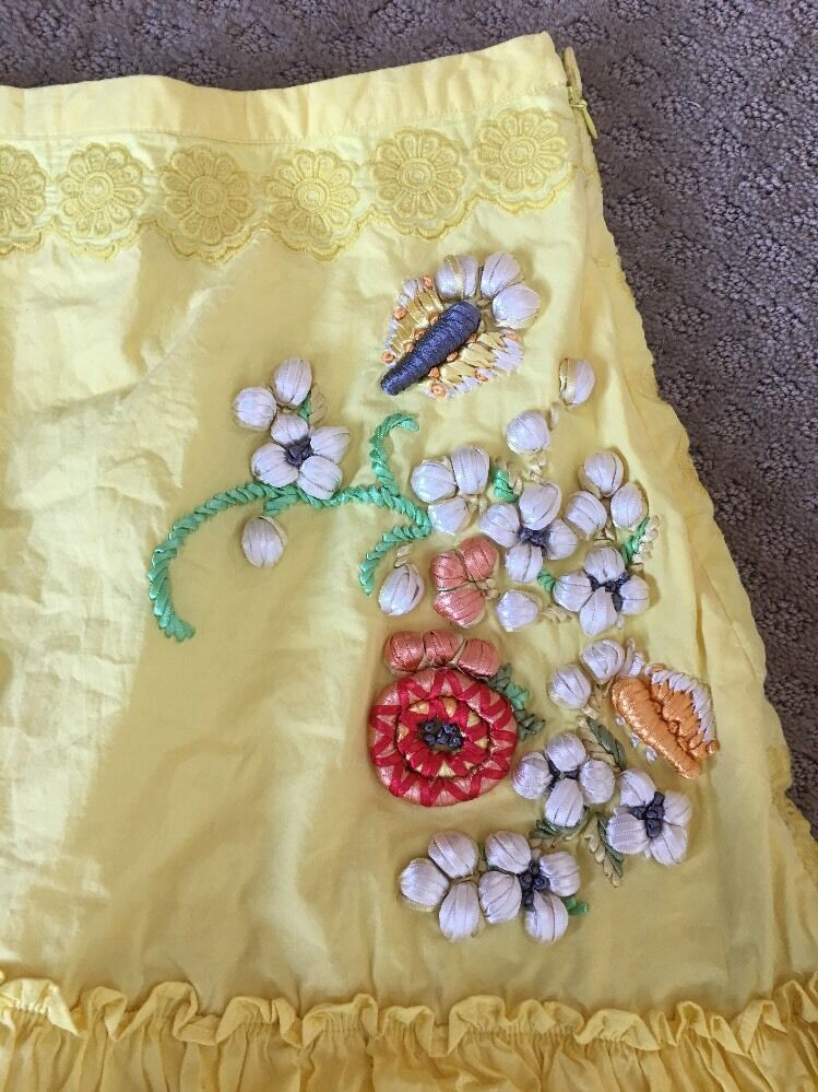 Anthropologie Lithe 8 M Yellow Embroidered Ruffle Skirt Excellent RARE A Line