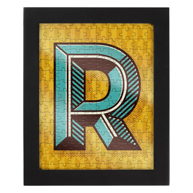 Ridley/'s $25 NWT 150 Piece Jigsaw Puzzle With Frame Letter R New In Box