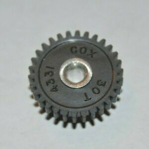 1960-039-s-Cox-30-Tooth-Spur-Gear-48-Pitch-Original-Vintage-Slot-Car-NOS-30T-slot