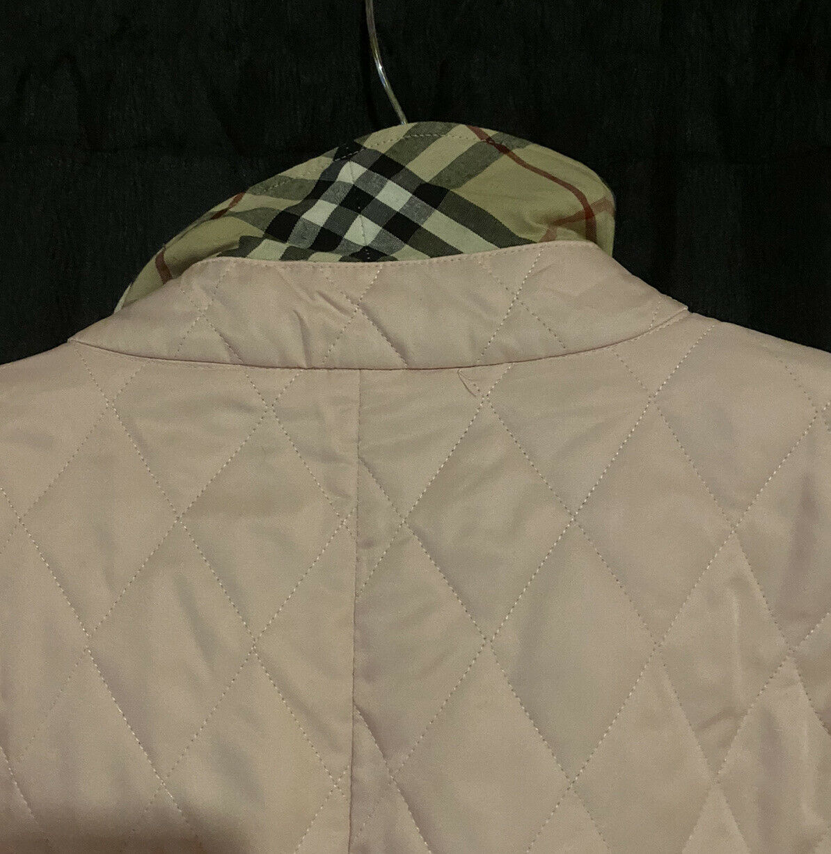 burberry quilted jacket medium - image 9