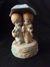 "VINTAGE HALLMARK BETSY CLARK MUSICAL FIGURINE 7"" TALL MADE IN PHILIPPINES"