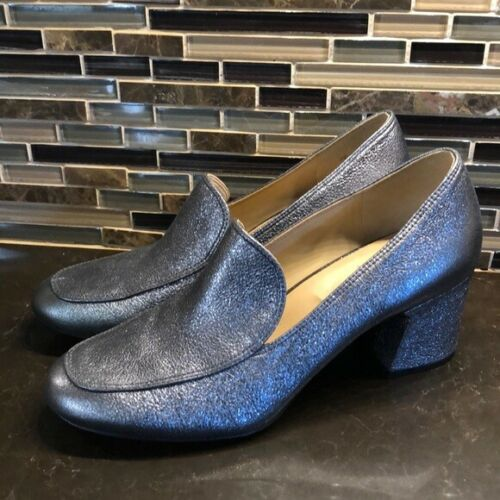Naturalizer shiny pewter chunky heel loafers
