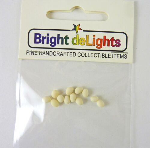 """F184 Dollhouse Miniature 1 Dozen White Eggs 3//8/"""""""