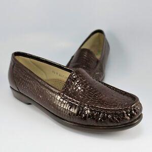 83d7c6a9c92 SAS Simplify Croc Slip-Ons Womens Size 9.5M Burgundy Leather Tripad ...