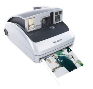 Polaroid-One600-Instant-inclusive-colis-a-un-prix-faible-pret-a-tirer