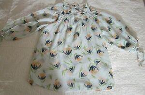 LC-Lauren-Conrad-Womens-Shirt-Size-L-Green-Floral-Print-Tie-Sleeves-Semi-Sheer