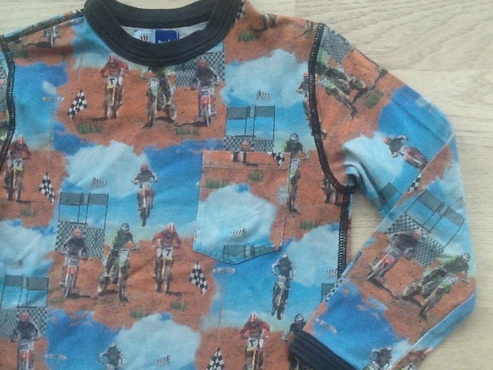 T-shirt, Str 3-4 år Molo, Molo