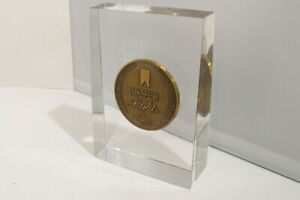 Vintage-1980-Michelob-Light-Womens-Tennis-Tournament-Paperweight-Award-Trophy