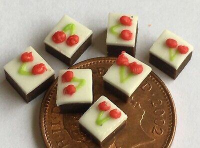 1:12 Scale 7 Chocolate Double Cherry Fruit Slice Tumdee Dolls House Cake PL143c