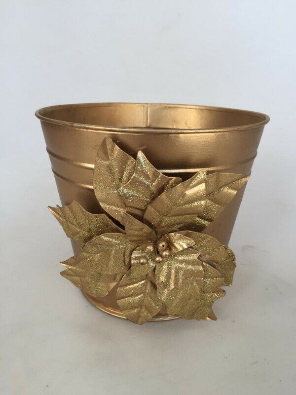 Small gilt Pail for gifting ideas