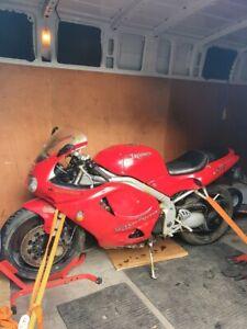 Triumph-T595-Daytona-Barn-Find-Spares-Repair-Restoration-Project-Parts-Bike