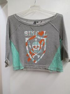 NEW-WOMEN-039-S-SINFUL-LOVE-PRIDE-CROP-TOP-05KN424-GREY-SIZE-SMALL-68-00