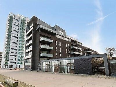 4300 vær. 3 lejlighed, m2 99, Pakhusstræde