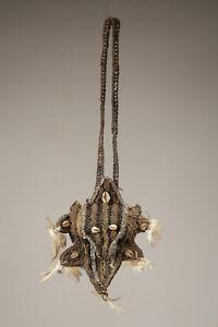 Collier-d-039-apparat-papou-sepik-tribal-ornament-papua-new-guinea
