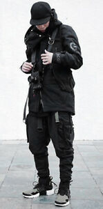 LayLow-Techwear-Cargo-Pants-Size-L-Jogger-Sweat-guerrilla-group-acg-nikelab-y3