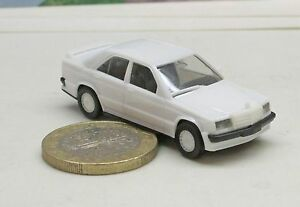 Herpa-2042-Mercedes-Benz-190-E-2-5-16-white