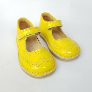 3232e8bd0335 Petasil Girls Yellow Mary Jane Leather Shoe Size 5 UK Kids Sandals ...