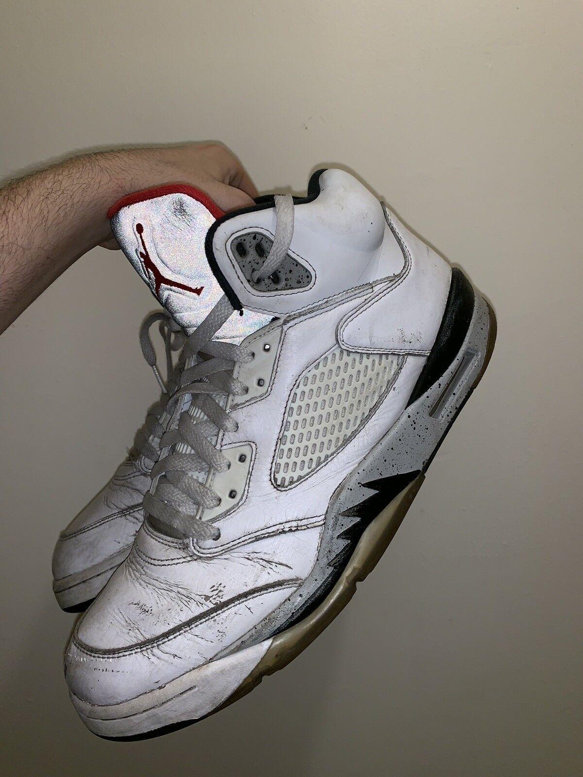 Nike Nike Nike air jordan 5 retrò di cemento bianco - bianco - rosso 136027-104 noi taglia 11 università | Negozio  83d876