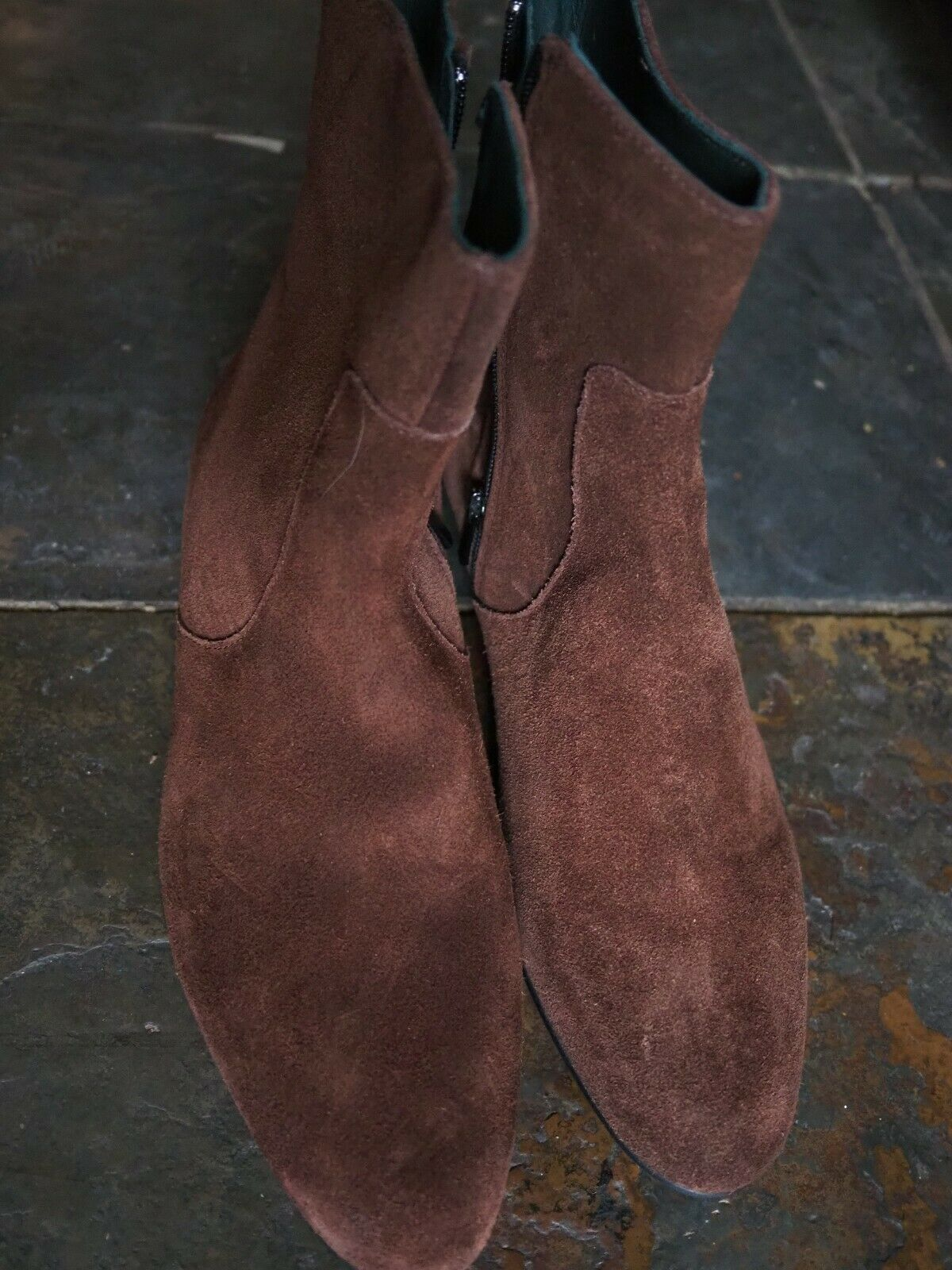 DP JAMES SUEDE ANKLE BOOTS SIZE 42 8UK