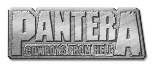 PANTERA-METALL-PIN-ANSTECKER-BADGE-BUTTON-2-COWBOYS-FROM-HELL