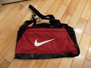 Details about Nike Brasilia Small Duffel Gym Bag Red Crush/Black/White  BA5335-618 Boys Men's