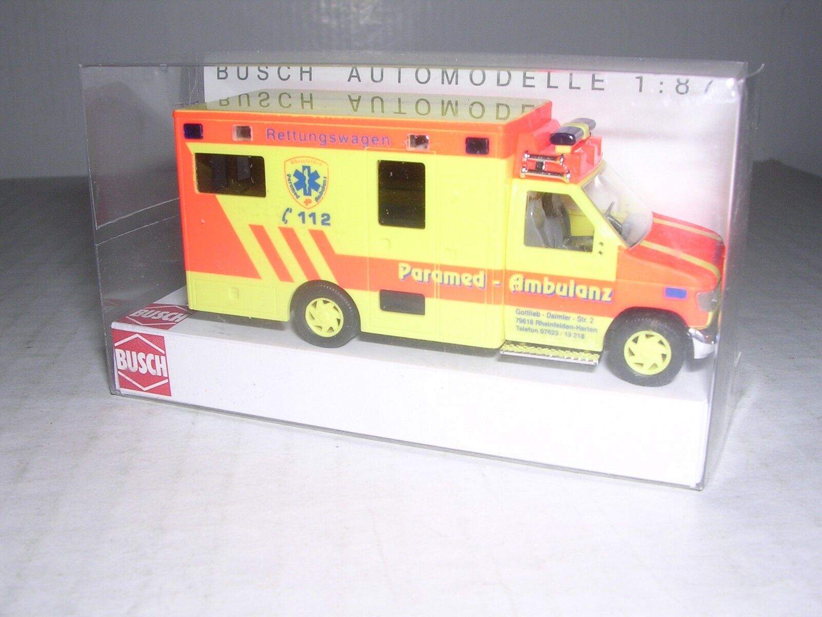 H0 Ford E-350 Ambulance Raytown Ambulance Neu Busch 41840-1//87