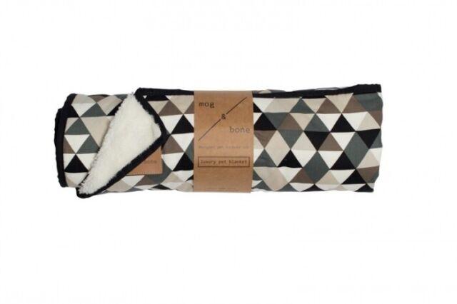 Mog & Bone Dog Fleecy Blanket Diamond Print Mocca (DAM2326)