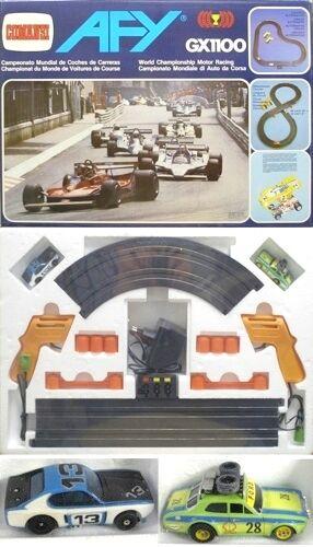 1980 Aurora AFX G + Slot Voiture De Course Set avec peint ESCORT