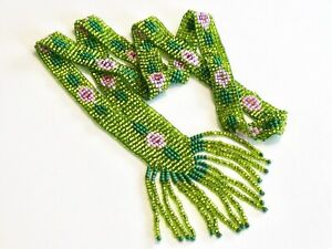 VINTAGE-GREEN-ART-DECO-FLAPPER-STYLE-FLORAL-BEADED-GLASS-NECKLACE-PINK-FLOWERS