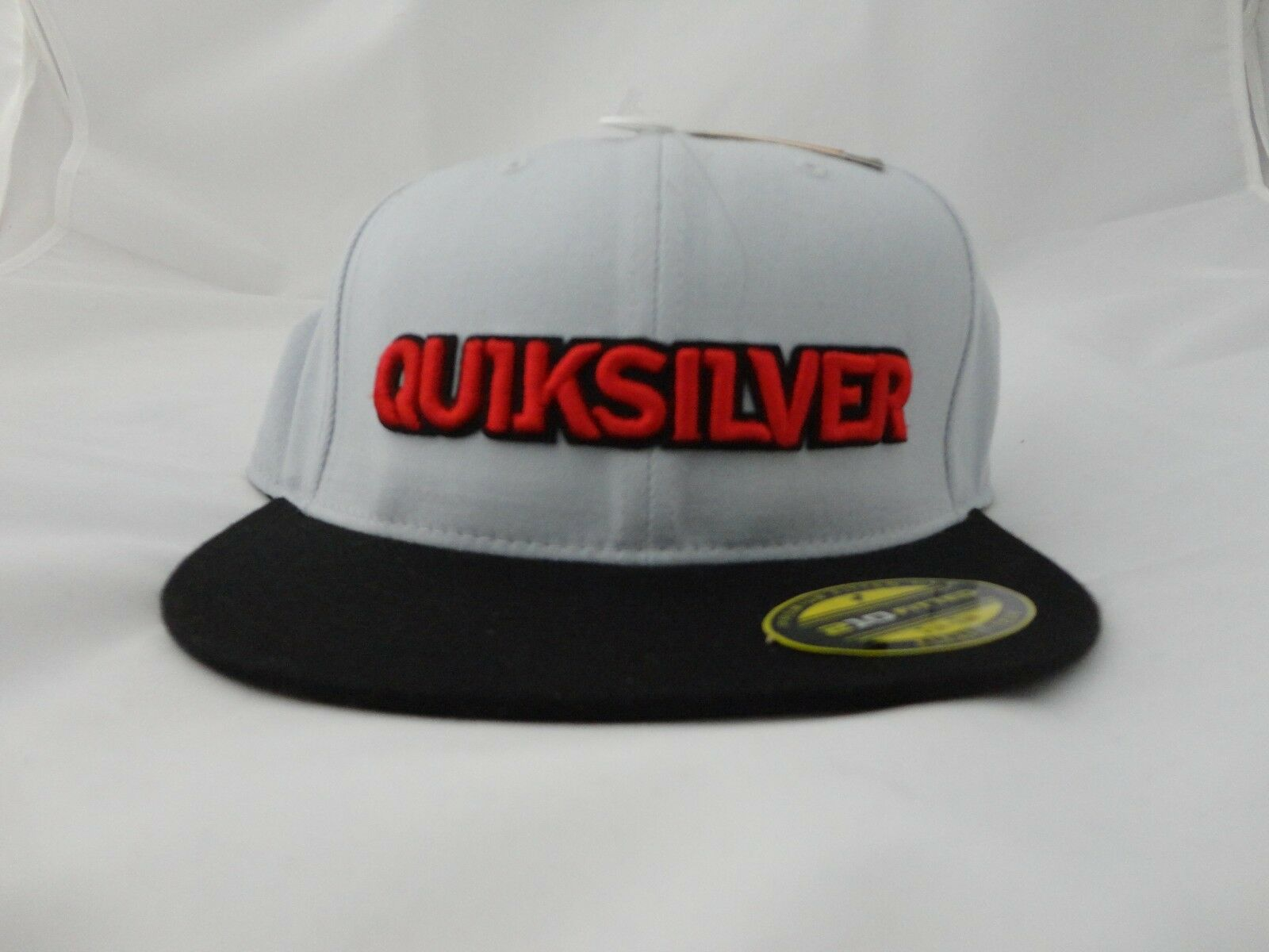210 Fitted Hats For Sale