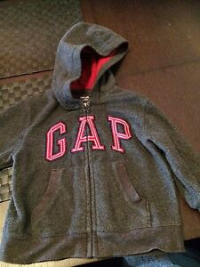 Baby-GAP-2T-Grey-Fleece