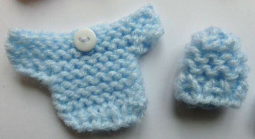 Hand Knitted Card Making Embellishments 3 Cute Baby Sets Pink Blue /& White