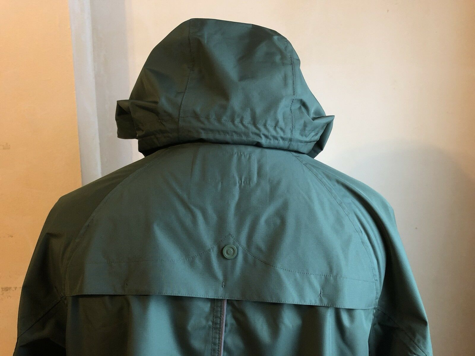 2c2f8cb74ed3b Hunter for Target Olive Green Mens Rain Jacket S Large Weather Water Proof  Pouch for sale online | eBay