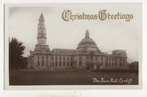 Town-Hall-Cardiff-Christmas-Greetings-Vintage-RP-Postcard-Glamorgan-750b