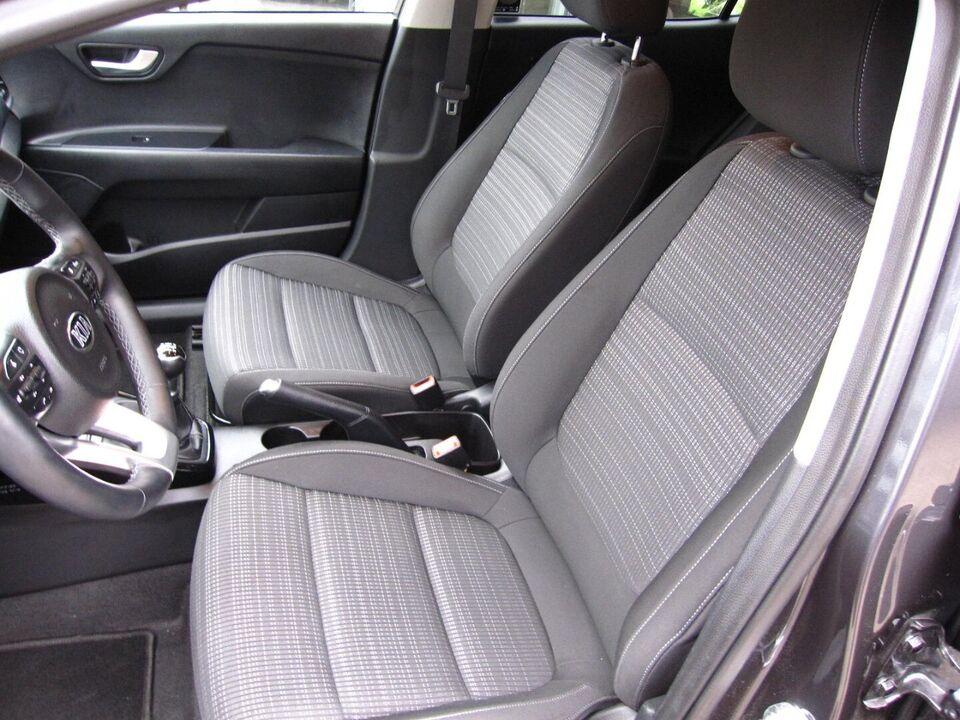 Kia Stonic 1,2 Advance Benzin modelår 2018 km 11000