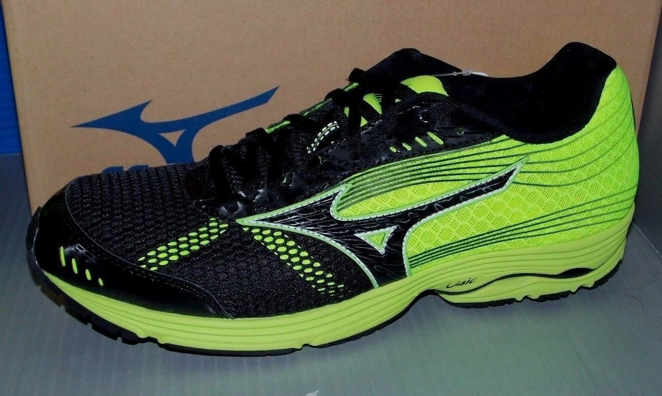 MENS MIZUNO WAVE SAYONARA 3 in colors BLACK / BLACK / YELLOW-GREEN SIZE 9.5