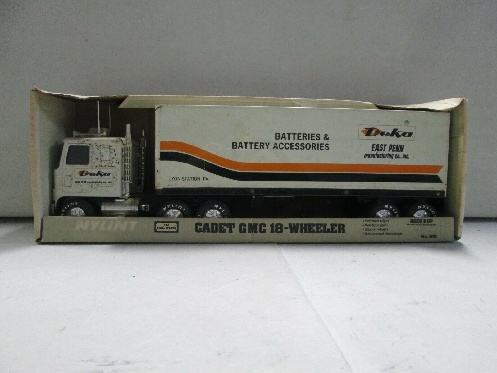 Nylint kadett GMC 18 hjuler Deka Batterier