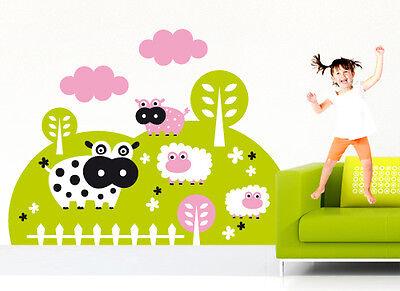 00295 Wall Stickers Adesivi Murali Camera Bimbo Mucche E Pecore 110x83cm Essere Romanzo Nel Design