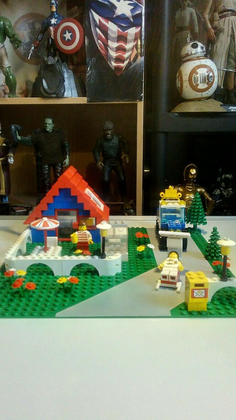 Lego Town Holiday Home, 100% Complete, Original Instructions, Vintage, No Box