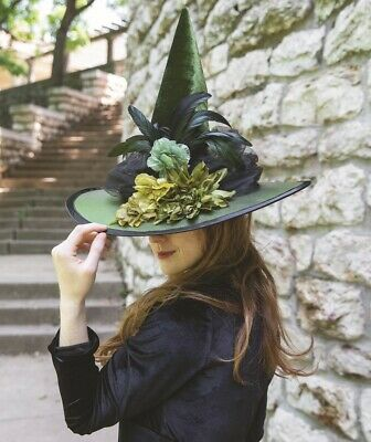 Victorian Trading Co Bat/'s in the Belfry Black Roses Witches Hat with Veil
