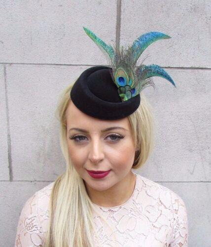 Vert noir plume de paon Pilulier Chapeau Cheveux Fascinator races clip vintage 4181