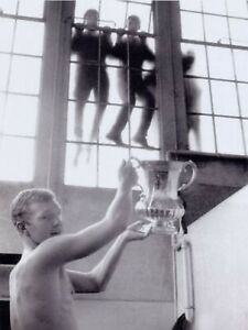 Bobby-Moore-West-Ham-United-With-FA-Cup-10x8-Photo