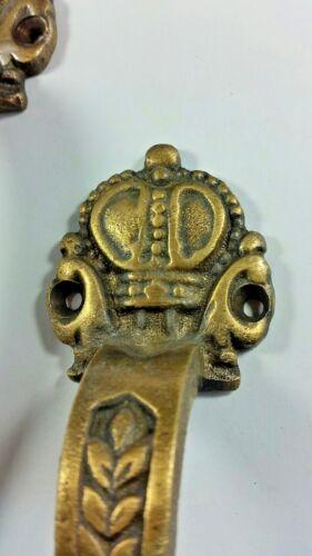 """2 Brass Handles 6 3//4/"""" Pulls Door Cabinet Antique Barn Gate Crown Motif #P10"""