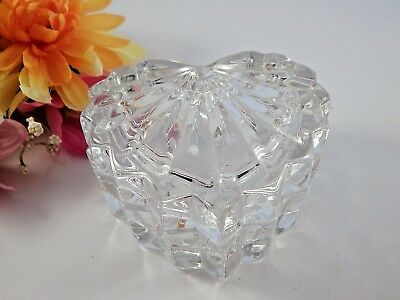 Beautiful Large Heart Ring Keeper Lead Crystal Vintage 1980/'s Excellent Condition Perfect for Her!